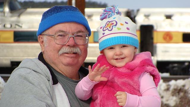 děda s vnučkou